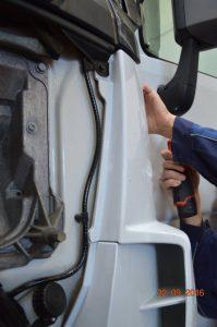 Begutachtung Schaden nach Unfall bei LKW