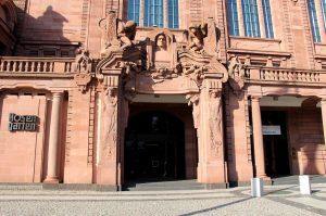 KFZ Unfall Gutachter in Oststadt